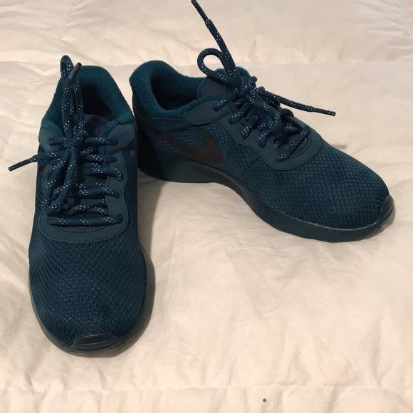 Nike Shoes Womens Size 75 Green Tanjun Sneakers New Poshmark